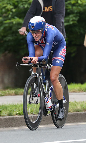 Kristin Armstrong sports the red, white and blue in the women's Individual Time Trial