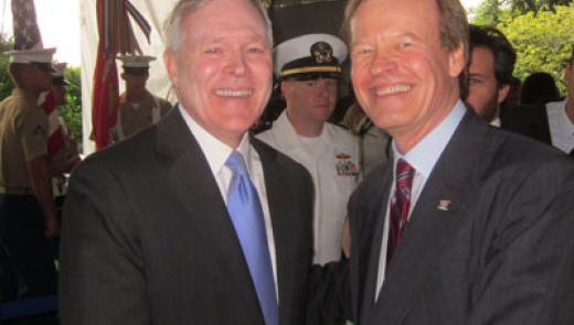 Veterans Advantage Founder Scott Higgins with Secretary of the Navy Ray Mabus at New York City Fleet Week activities on May 26, 2011.