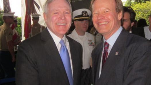 Veterans Advantage Founder Scott Higgins with Secretary of the Navy Ray Mabus at New York City Fleet Week activities on May 26, 2011.